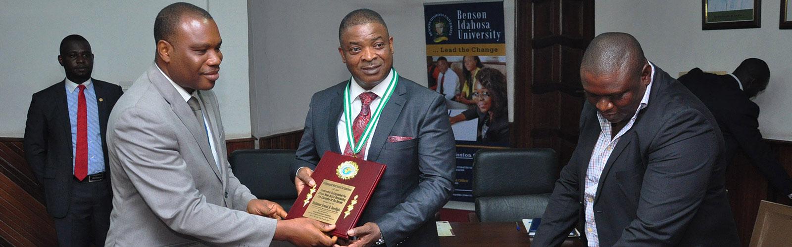 BIU,-VC_-Baggs-merit-awards