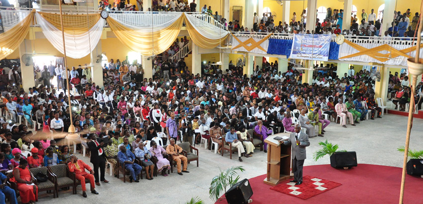 BENSON-IDAHOSA-UNIVERSITY-RECEIVES-BISHOP-DAVID-OYEDEPO-2
